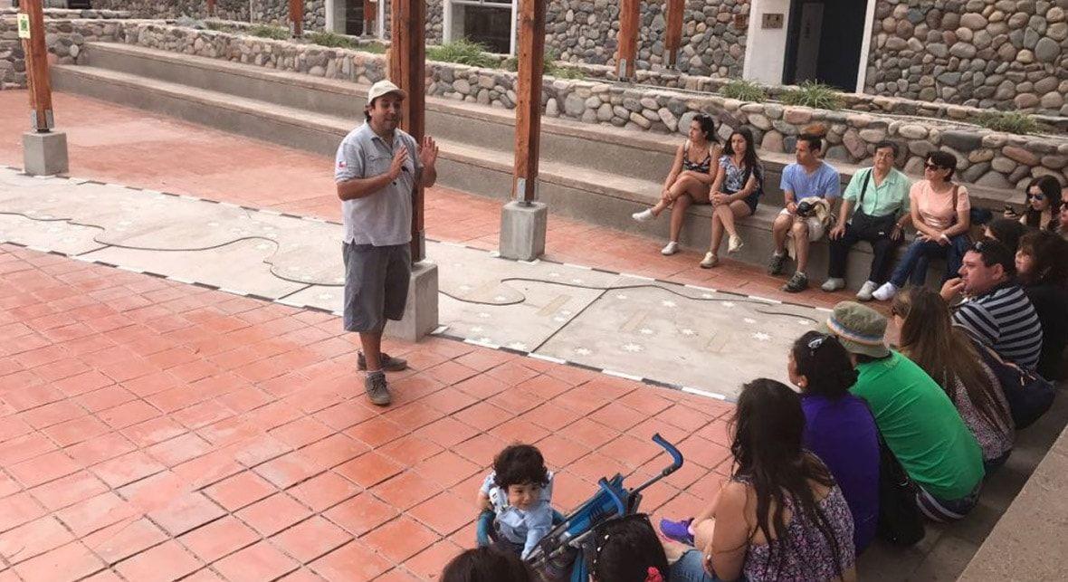 Foto de Turistas en el Valle del Elqui 2020